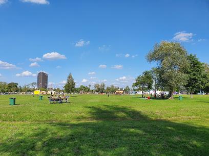 Lucavsalas atpūtas parks