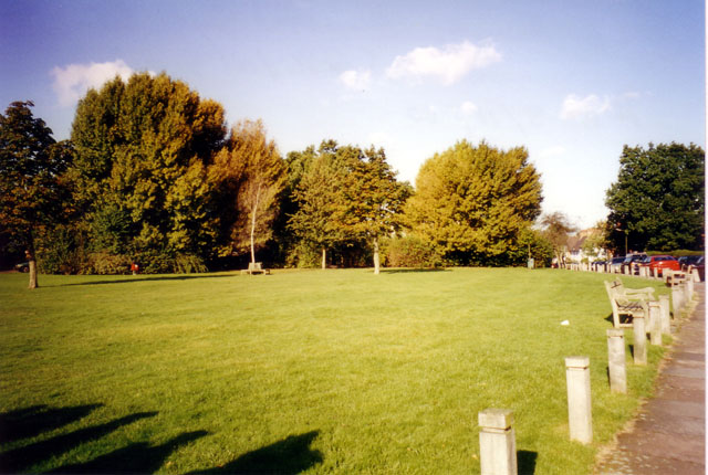 Willifield Green