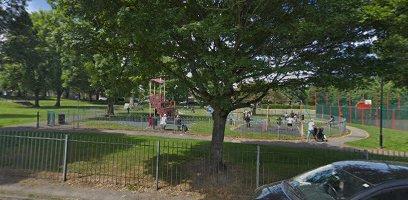 Victoria Park, Clayton