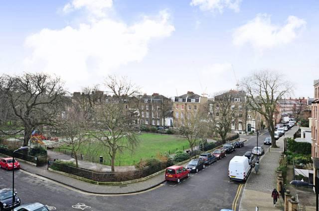 Clapton Square