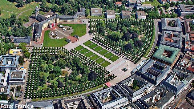Schlossplatz - Karlsruhe